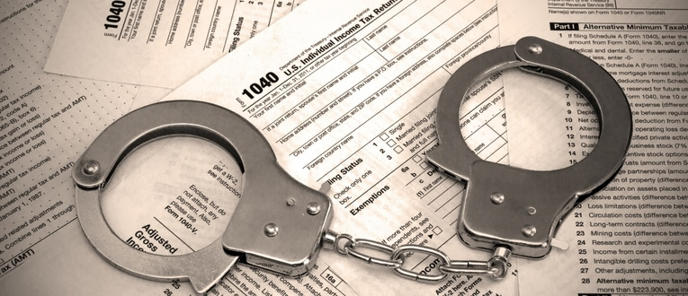 top 7 tax scams